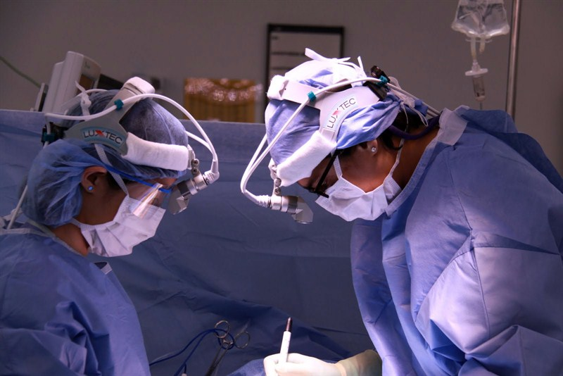 IMG 4510 Varma And Other Surgeon
